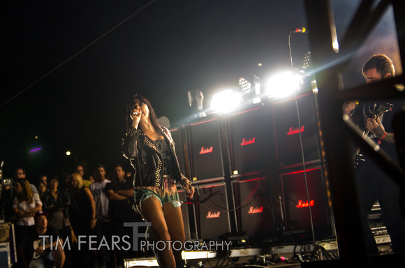 Sleigh Bells - 2012 FYF Fest